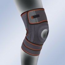 Knee support with silicone patella pad LFT480 1